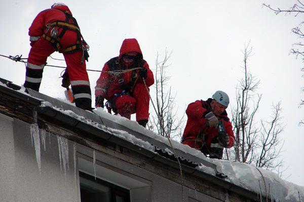 Работа на крыше очистка снега охрана труда